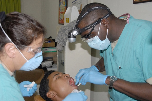 dentist assistant
